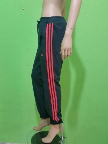 pantaloni adidas donna essential