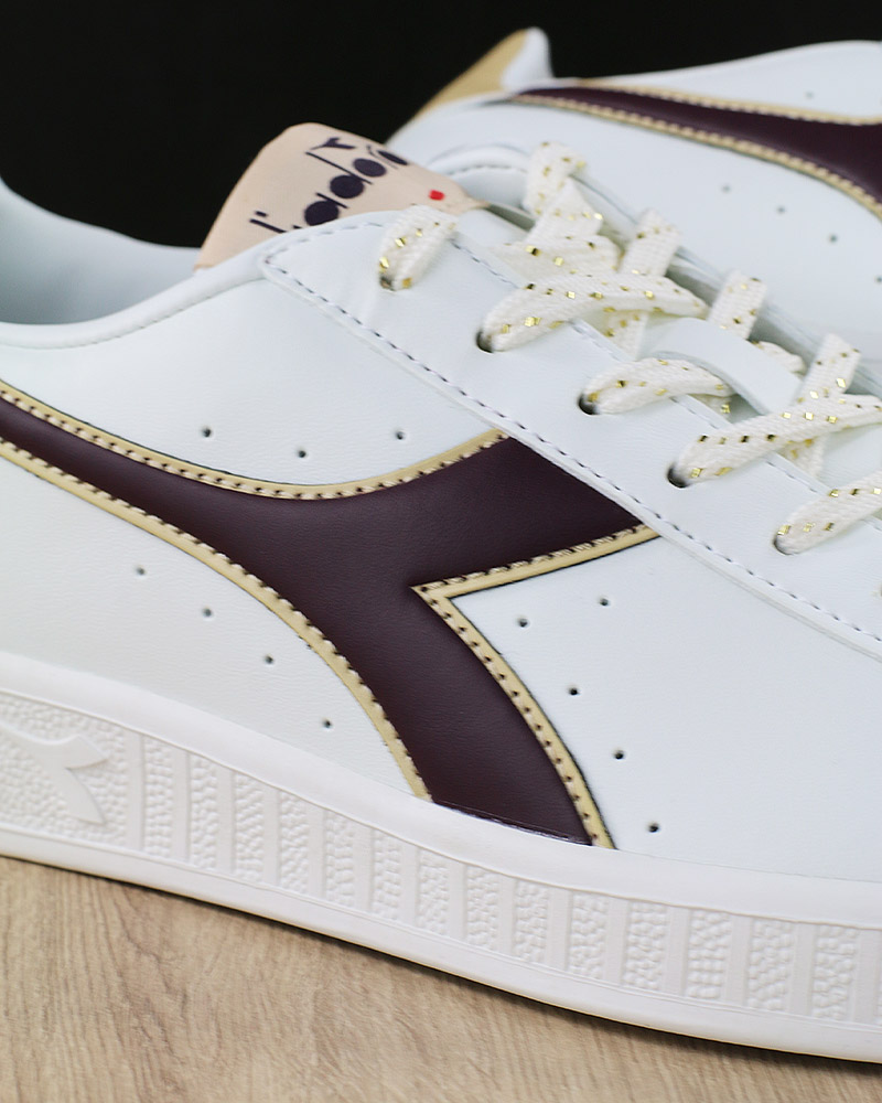 Diadora Scarpe Sportive Sneakers Lifestyle Sportswear Game P GS Bianco  Viola 3 3 di 8 ... e5ed73bf0a3