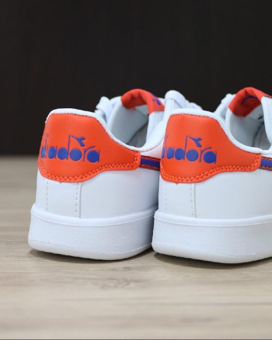 ... Scarpe Sportive Sneakers Diadora game p gs Lifestyle sportswear Donna  Bambino Bianco Blu - Sport Shoes ... 99279af51e7