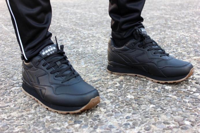 Scarpe Sportive Sneakers Diadora N-92 Leather LifeStyle Sportswear Nero - Sport  Shoes boots Sneakers ... 88941d0b014