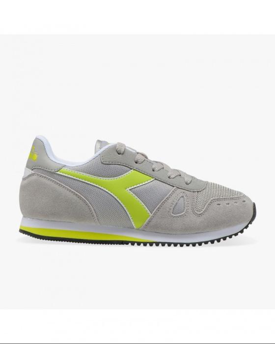 separation shoes 74ccb 9caf8 ... Scarpe Sportive Sneakers Diadora SIMPLE RUN GS Donna Bambino Grigio  Fluo Lifestyle sportswear - Sport Shoes ...