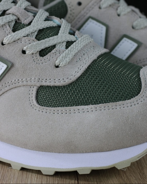 NEW BALANCE 574 Scarpe Sportive Sneakers lifestyle Sportswear 574 Classics ESR