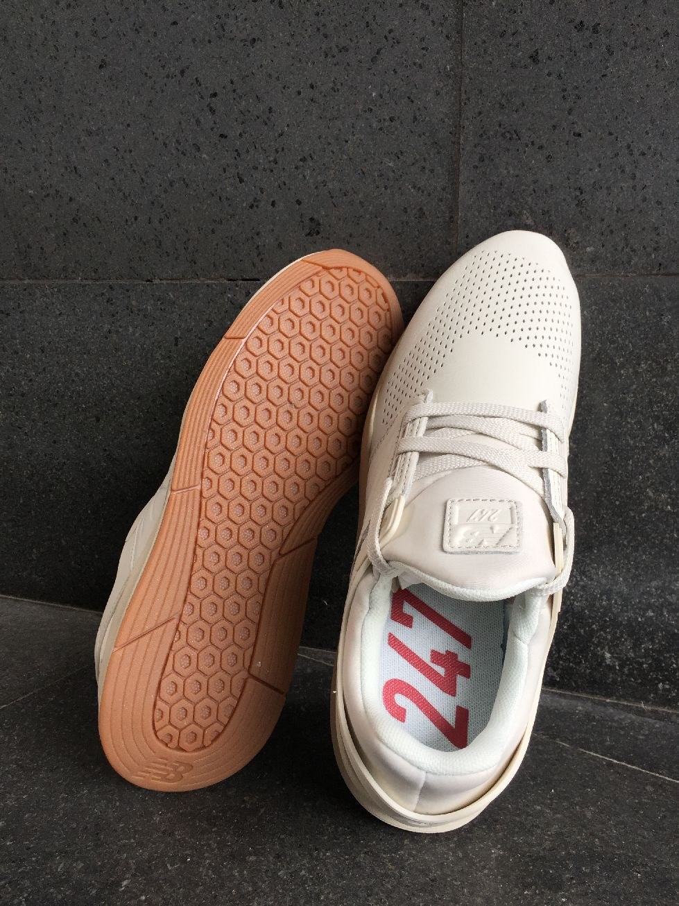 New Balance MS 247 GV Baskets Sportif lifestyle Blanc Cuir Cuir Blanc Homme b2b714