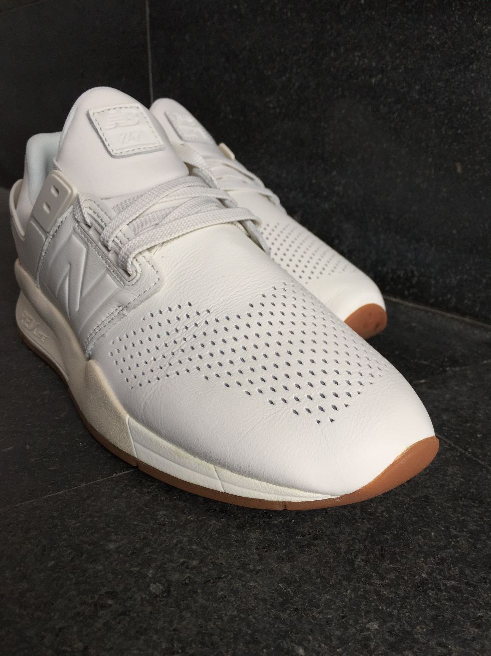 New Balance MS 247 GV Scarpe Sneakers Sportive lifestyle Bianco Pelle Uomo 75ff410e9bd