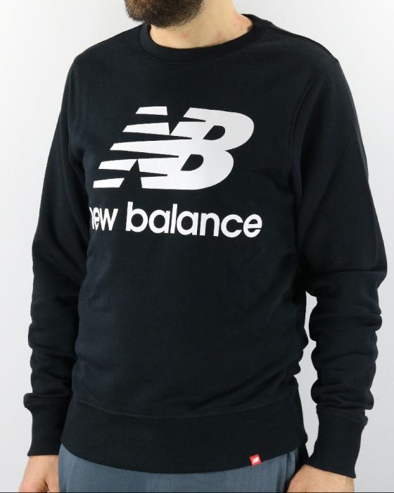 c4c85c1bb5bf76 ... Felpa Sportiva New Balance ESSENTIALS STACKED Nero Uomo Cotone - Sport  Sweatshirt New Balance ESSENTIALS STACKED