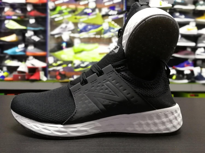 Precio Barato Fiable New Balance Fresh Foam Cruz Scarpe Sneakers Running lifestyle Nero En Venta La Venta En Línea Barata Compras En Línea Aclaramiento 4qhooD