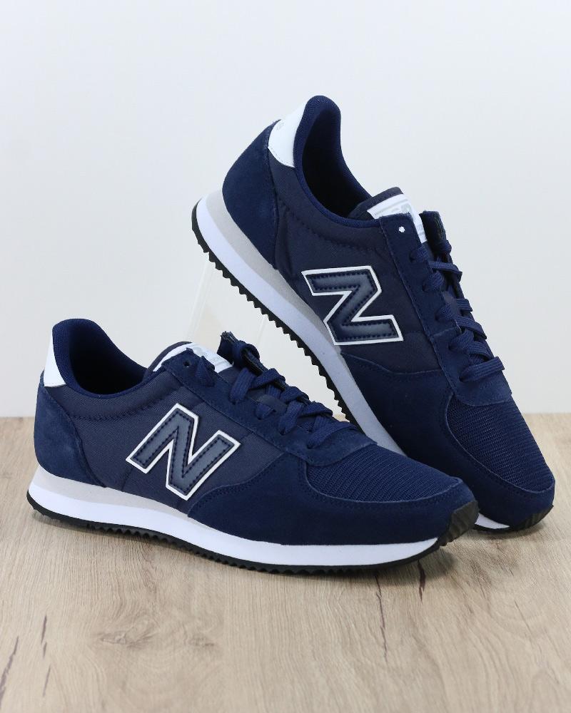 Scarpe Sneakers Sportive New Balance 220 Sportswear lifestyle Blu Uomo e655c71641c