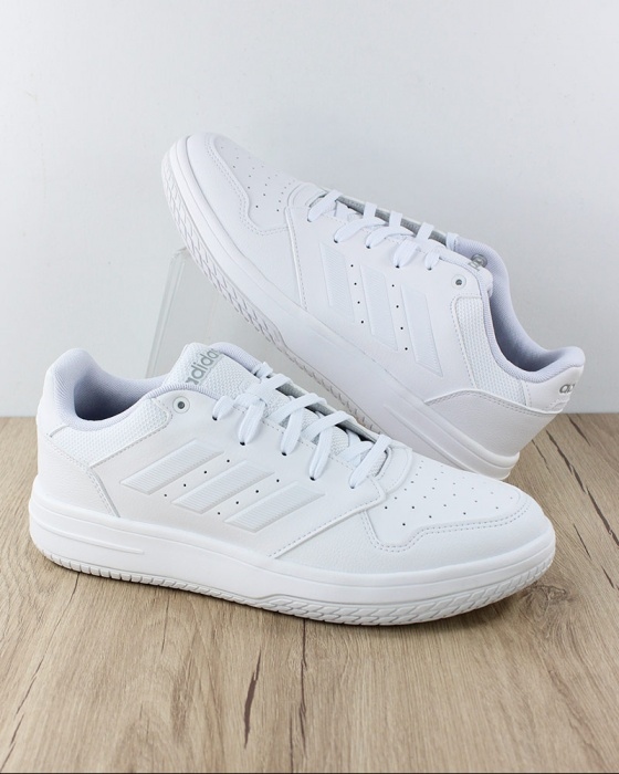 chaussures sneakers adidas