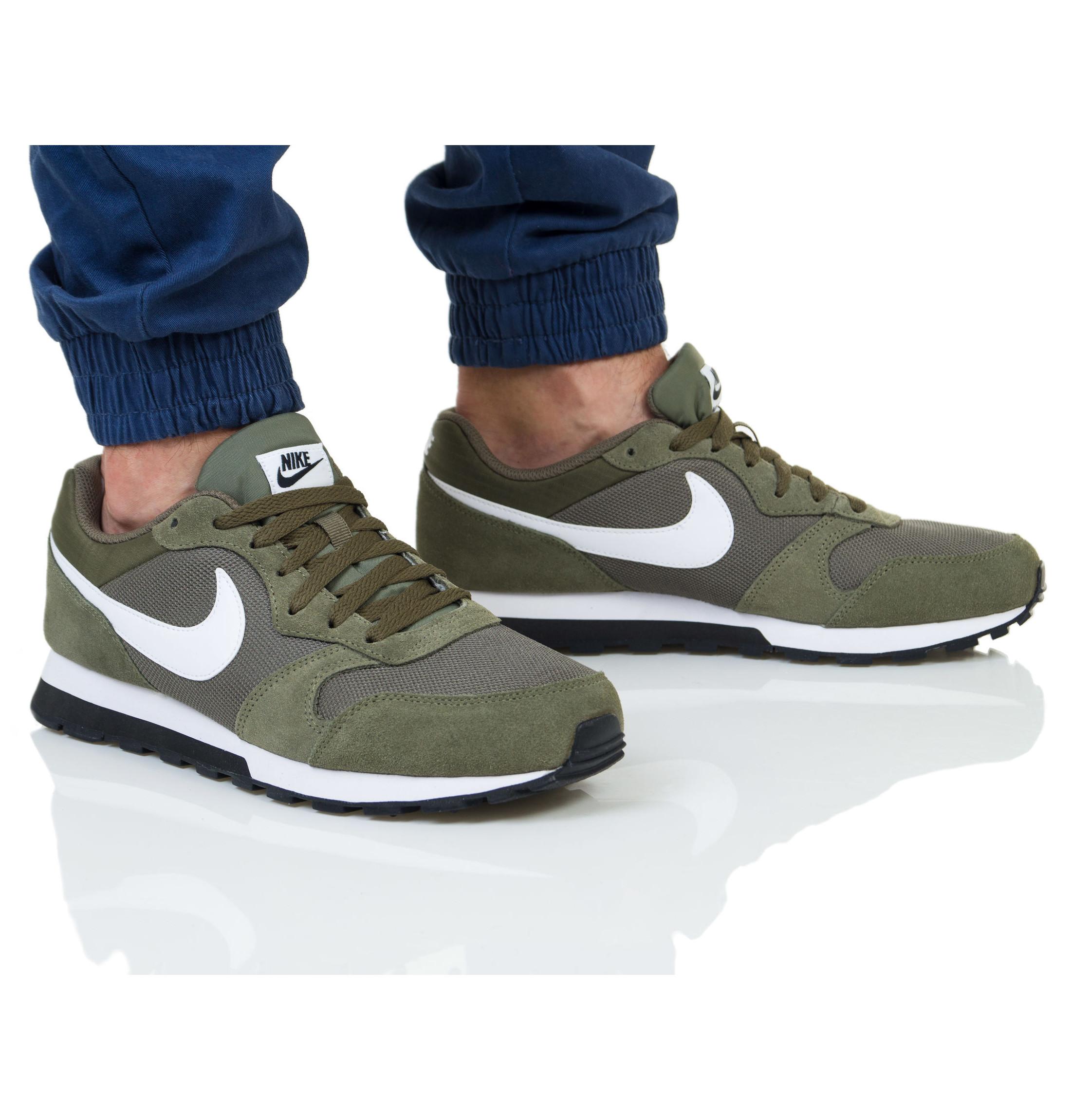 3cfe96abc2f Nike Scarpe Sneakers Sportive MD Runner 2 Verde Oliva Sportswear ...