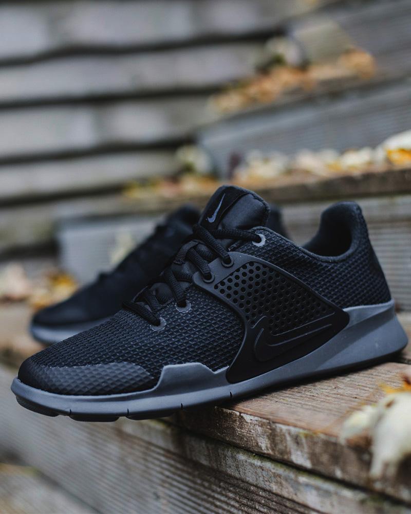 63f07926319e0 Nike Sport Schuhe Boots Shoe Arrowz SE Schwarz Sportswear 7 7 von 7 Siehe  Mehr