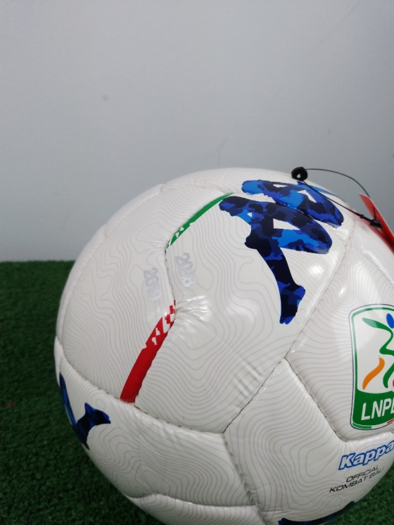 cd6c3b31e88 ... Pallone Calcio Kappa Serie B Replica 2018 19 bianco cucito a mano - Football  Ball Kappa ...
