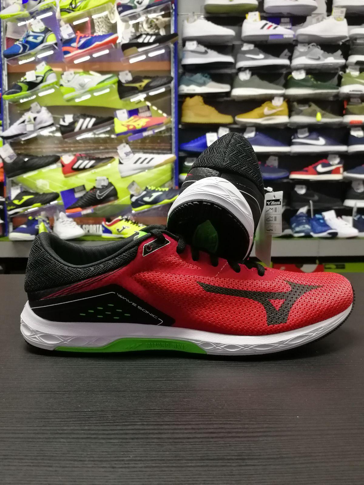 Mizuno Chaussures Baskets De Formateurs Rouge Running Course Wave BvrBn7Z