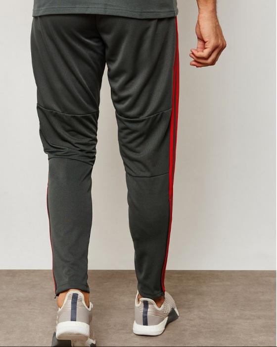 d303b650f30 ... Pantaloni Tuta Allenamento FC BAYERN Originale adidas Uomo 2018 19  grigio Tasche con zip - Training ...
