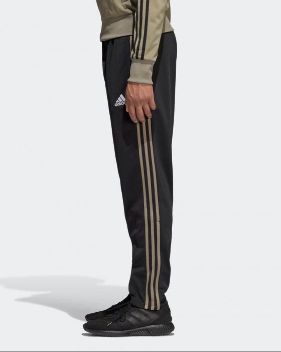 d16a30ba6 ... Tuta allenamento JUVENTUS adidas Pes Versione Panchina originale Uomo  2018 19 Nero - Training Tracksuit JUVENTUS ...