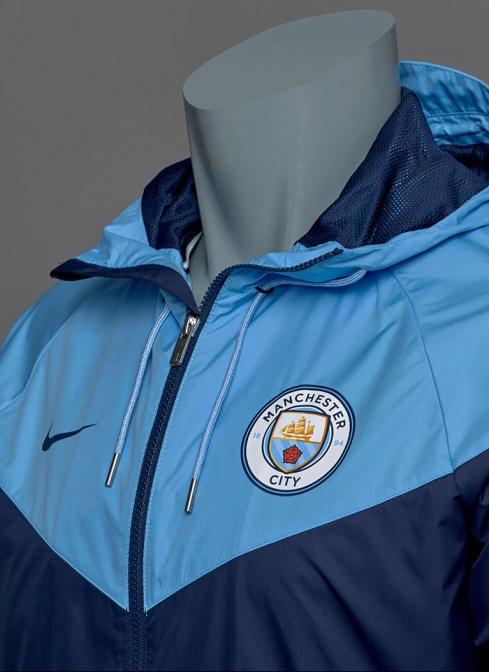 size 40 27433 f2e0e ... Giacca Allenamento vento pioggia kway Manchester City Originale Nike  Authentic Windrunner Uomo 2017 18 blu ...