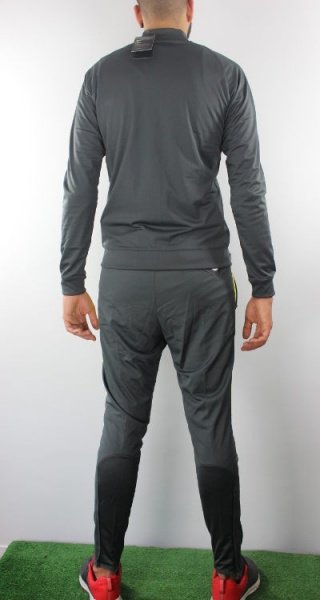 nike training dry . t-shirt gris