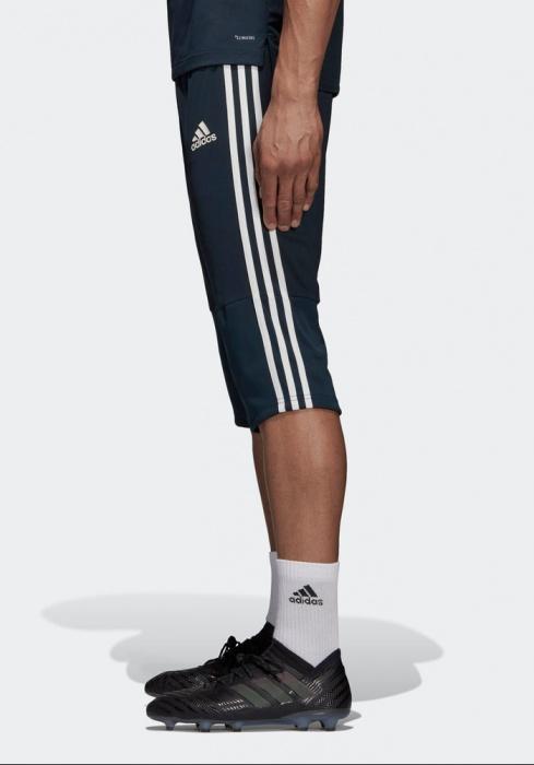 Détails sur Real Madrid Adidas Pantaloncini Pinocchietti Shorts tre quarti 34 Pants Blu