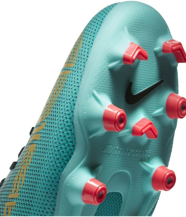 810928d3d Football boots shoes Nike Cleats Superfly 6 Academy CR7 MG Green ...