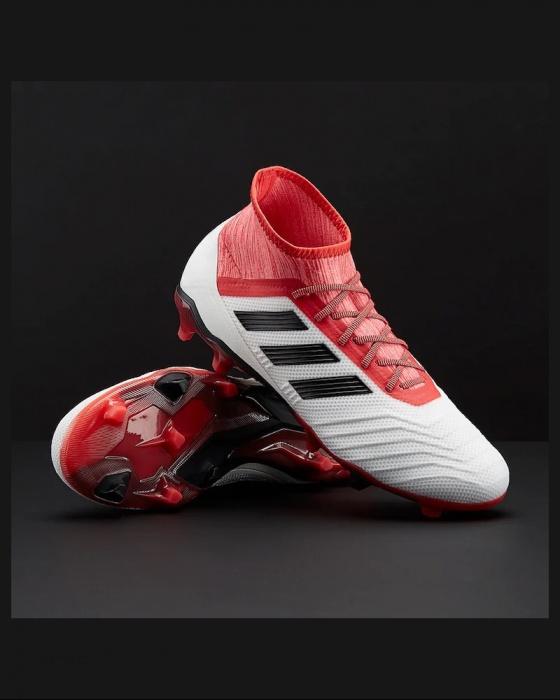 quality design 417be 62a64 Botas de futbol con el calcetín depredador   abarcan clase   notranslate      18.2  ...