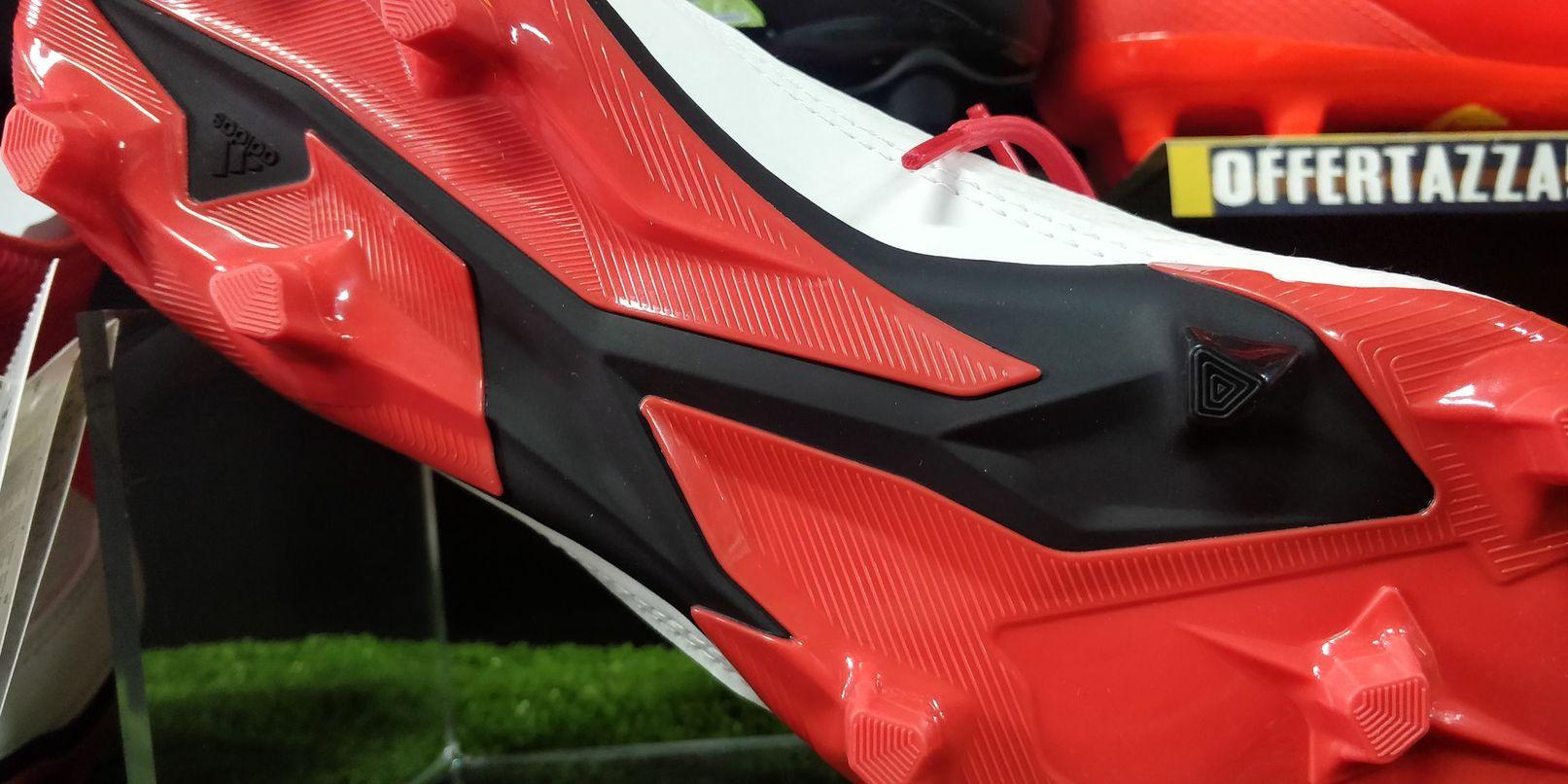 buy online 8b064 0d699 Adidas Scarpe da Calcio Predator 18.3 FG Bianco con calzino
