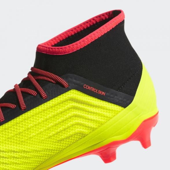 ... Zapatos de fútbol con el calcetín depredador   abarcan clase    notranslate     18.2  ... cf964a656454d
