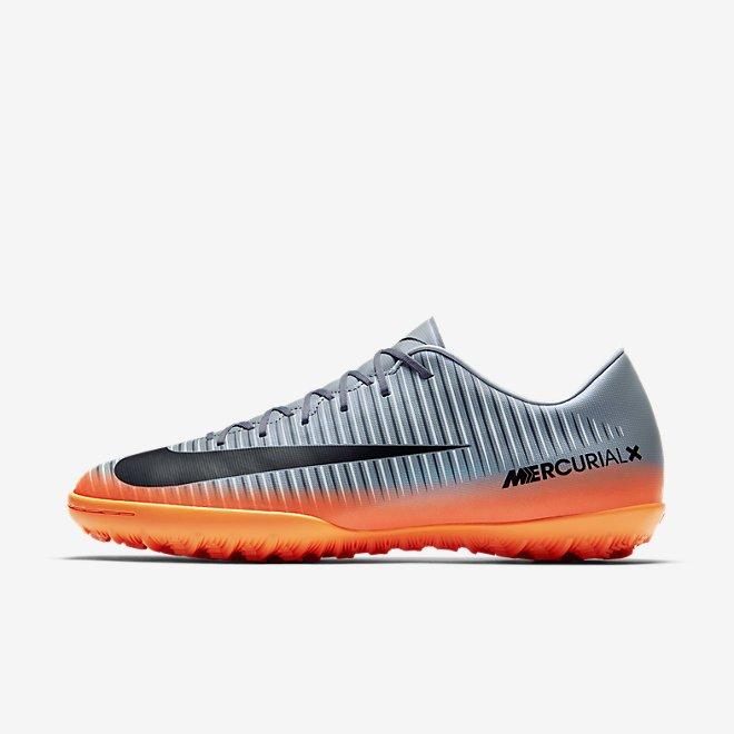 immagini scarpe nike calcio