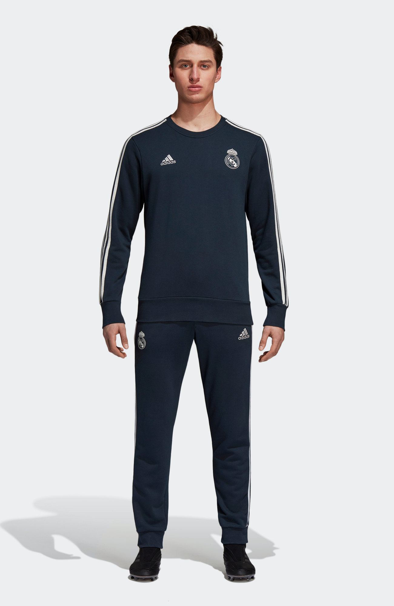 3e5c7eb899d Real Madrid Adidas Leisure Tracksuit 2018 19 Navy Cotton
