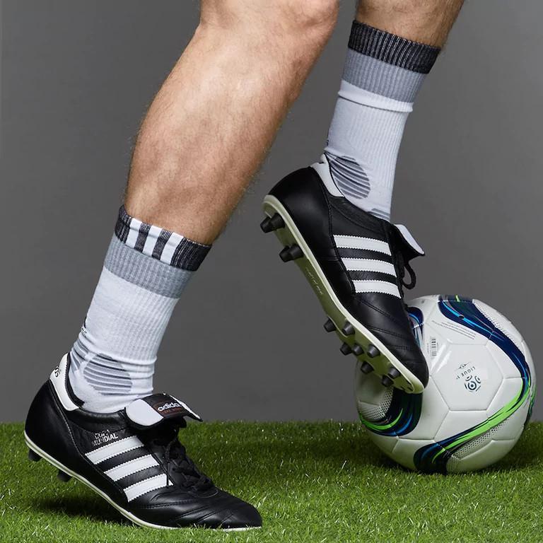 scarpe da calcio scarpe adidas scarpette nere copa mundial fg uomini