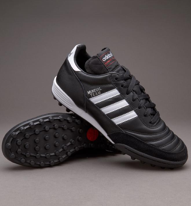 Adidas Mundial Team Chaussures et Sacs Hommes Chaussures