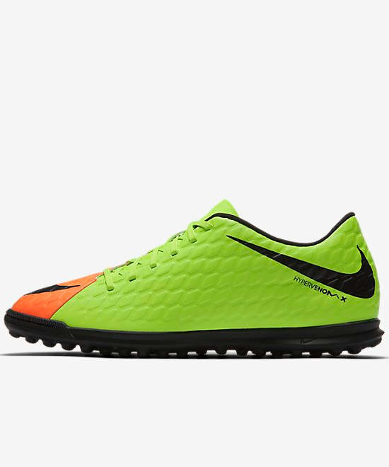 football shoes nike fu ballschuhe hypervenom phade iii. Black Bedroom Furniture Sets. Home Design Ideas